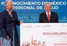 """Medalla """"Miguel HIdalgo"""", a personal de salud"""