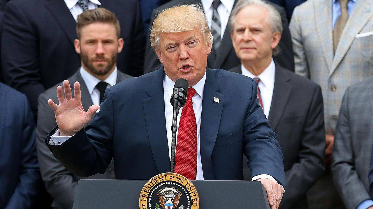 Trump corteja a los hispanos
