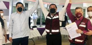 Félix Salgado Macedonio se registra como candidato a gobernador en medio de acusaciones