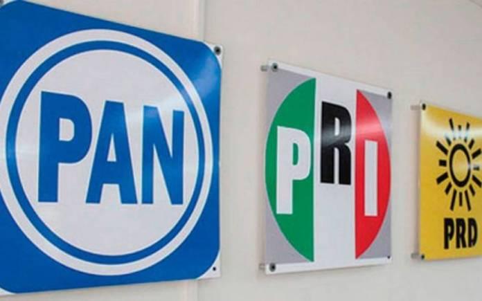 Gobierno del PRI y del PAN endeudaron al país y fomentaron la corrupción: Delgado