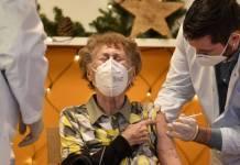 OPS respalda denuncia de México por acaparamiento de vacunas