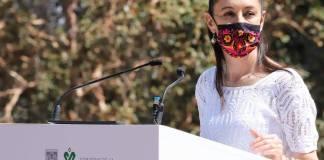 Se espera una gran marcha el 8 de marzo, Día de la Mujer, por lo que Sheinbaum dice que no se impedirá manifestarse a nadie; también dijo que ya vienen más vacunas Carlos Guzmán   Corresponsal CDMX. La Jefa de Gobierno de la Cuidad de México, Claudia Sheinbaum, informó que no se habrá de impedir a nadie ejercer su derecho este 8 de marzo, Día de la Mujer, ya que está programada una marcha. La mandataria capitalina exhortó a las organizaciones feministas a acatar las medidas sanitarias antes, durante y después de su movilización. También, le pidió a los y las marchistas que no causen destrozos durante sus protestas, ya que cada año las pérdidas económicas por esta actividad son cuantiosas. Asimismo, invitó a los manifestantes a evitar confrontaciones con otros grupos que pudieran acudir ese mismo día con ideas contrarias a exigir resultados. Ya vienen más vacunas para a Ciudad de México Por otra parte, la jefa de Gobierno, indicó que las próximas tres alcandías en las que aplicarán las vacunas contra el Covid-19 serán las más pobladas. Además, Sheinbaum indicó que el próximo viernes se informará cuáles alcaldías serán, pero antes se tiene que saber el número de dosis que le asignará el Gobierno de México a la capital del país. Enfatizó que con ello se buscará que estas alcaldías reduzcan con la inmunización de adultos mayores las hospitalizaciones, así como los fallecimientos por Covid-19.