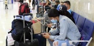 Suman 74 estudiantes argentinos infectados con Covid-19 tras visitar Cancún