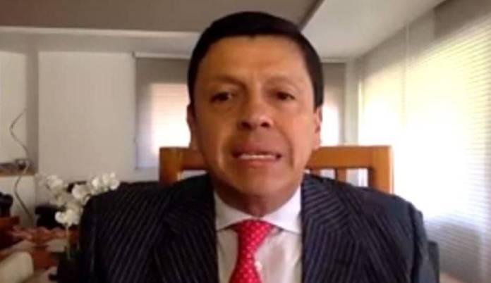 SRE confirma renuncia de Fabián Medina, jefe de oficina de Ebrard