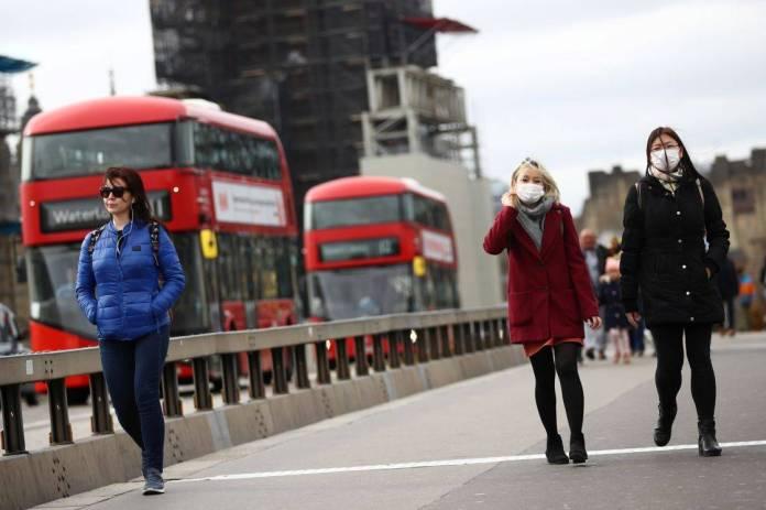 OMS preocupada por el avance de la variante británica en Europa