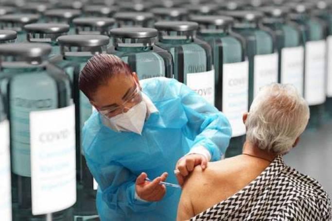 México ha recibido casi 18 millones de vacunas