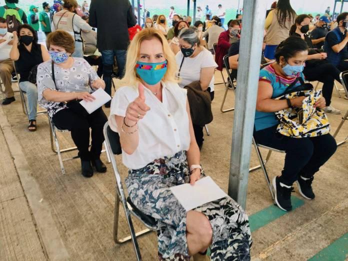 ¡Ya le tocó la vacuna! Beatriz Gutiérrez Müller recibe primera dosis contra Covid