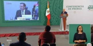 AMLO exhibe a consejeros del INE por cambio de opinión sobre tarjetas
