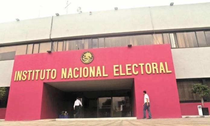 El INE dirá el mismo día de las elecciones cómo se reparte el Congreso