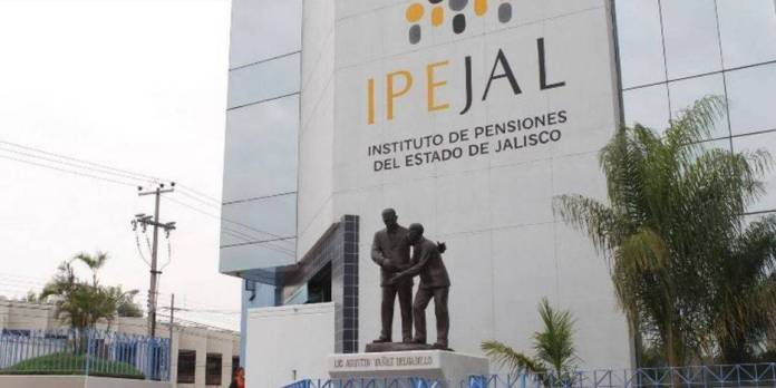 Escándalo en Jalisco, denuncian desfalco en el Instituto de Pensiones