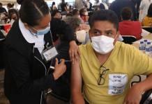 Avanza vacunación contra la Covid-19 en la CdMx para personas de entre 50 y 59 años