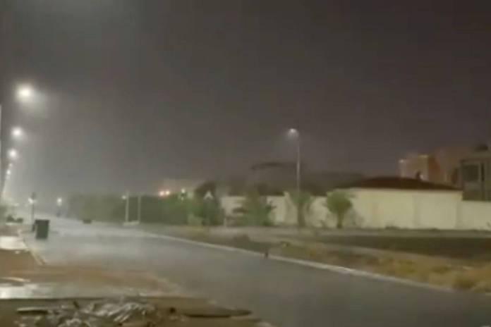 Dubái registra ola de calor y provoca lluvias torrenciales con drones