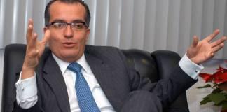 """Luis Carlos Ugalde se lanza contra la consulta popular, la llama """"falacia"""""""