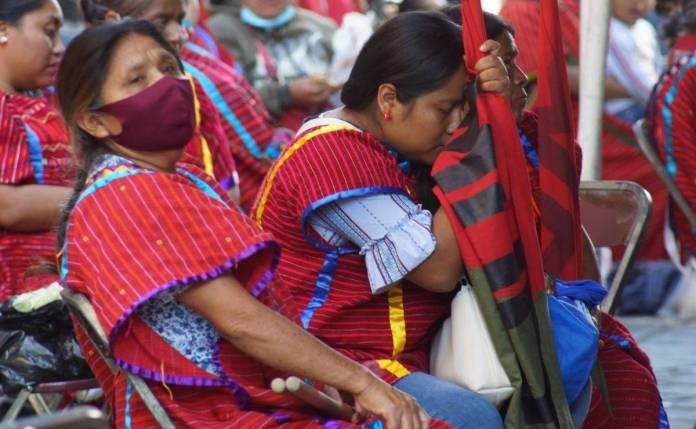 Desplazados triquis protestan en Oaxaca