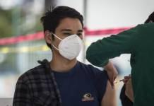 """Gobierno de la CDMX pide a jóvenes no hacer """"trampa"""" para la vacunación"""