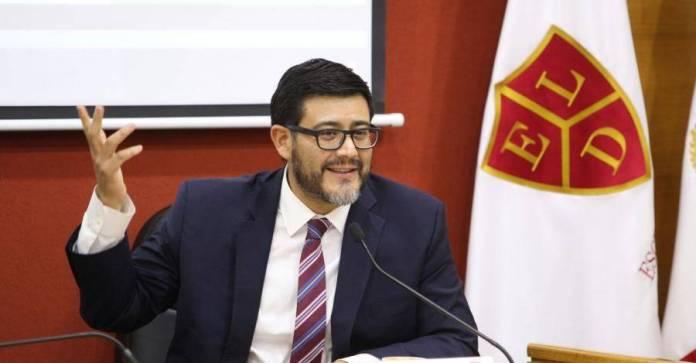 El nuevo magistrado presidente del TEPJF, Reyes Rodríguez Mondragón, tuvo un crecimiento gracias al impulso del panista Roberto Gil Zuarth.
