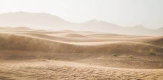 Niño migrante es rescatado en el desierto de Sonora