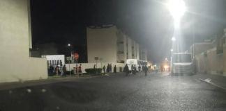 Golpean a policías que rescataron a presunto violador en Guanajuato