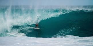 Surfista argentino fallece al caer de una ola en playa de Colima