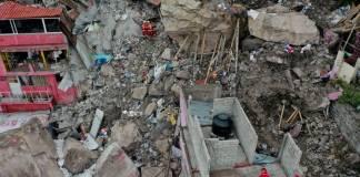 Inicia demolición de 11 viviendas cercanas a la zona del derrumbe del Cerro del Chiquihuite