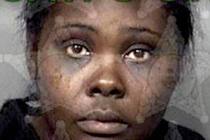 """Mujer asesina a su hija adoptiva de 4 años porque """"hablaba con demonios"""""""
