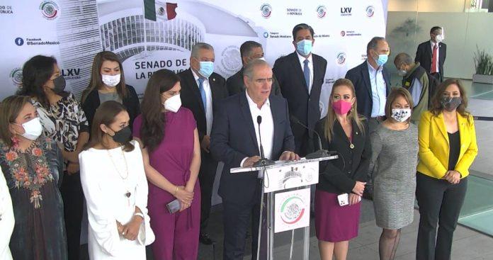 """Senadores del PAN se disculpan por aliarse con Vox; """"fue un error"""", dicen"""