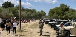 Texas: Muro de acero contra migrantes