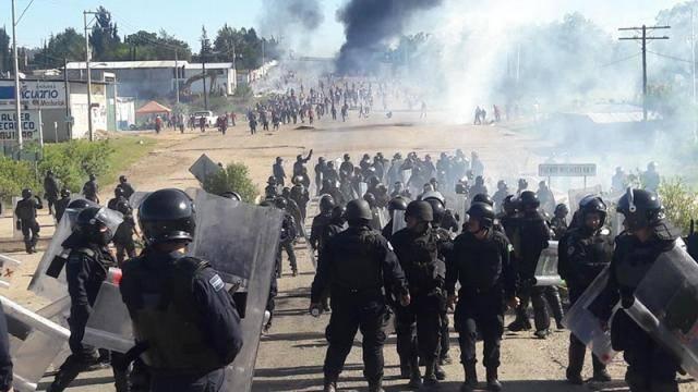 Detienen a 2 policías, involucrados en la masacre de Nochixtlán