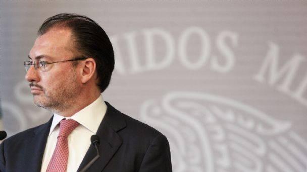 Videgaray logra suspender inhabilitación que le impuso la SFP