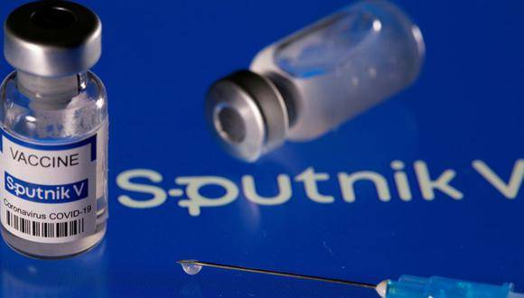 OMS podría aprobar vacuna Sputnik a finales del 2021
