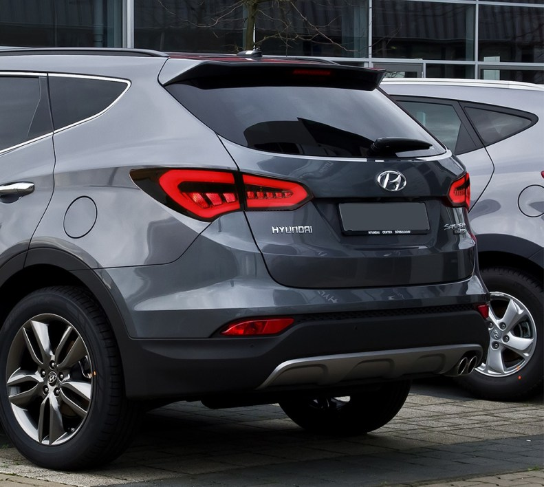 hyundai santa fe tail lights