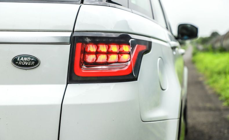 range rover sport tail lights qatar