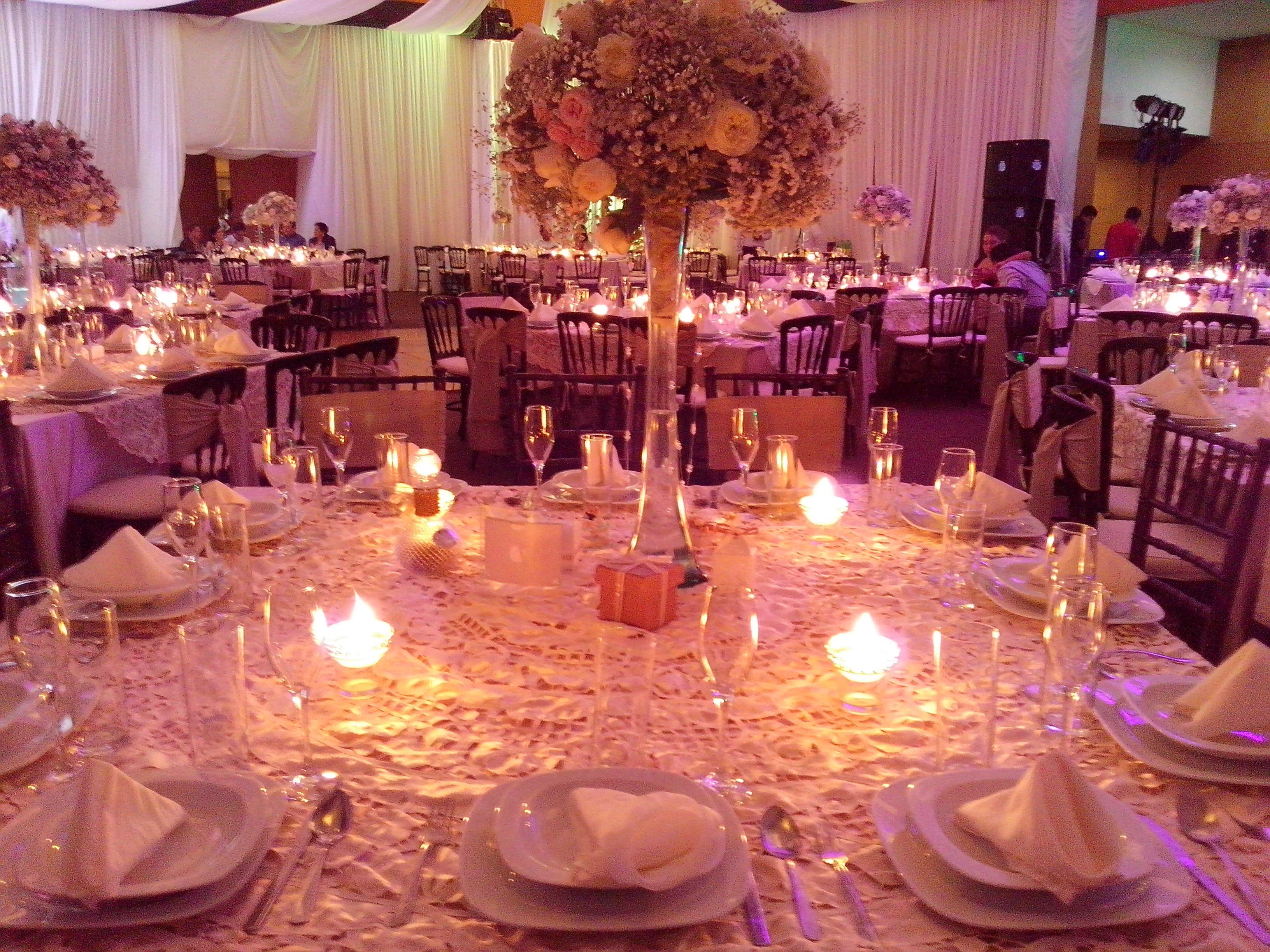 Arreglos y centros de mesa  Florera Rosa