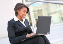 Como ganhar dinheiro na internet trabalhando duas horas por dia