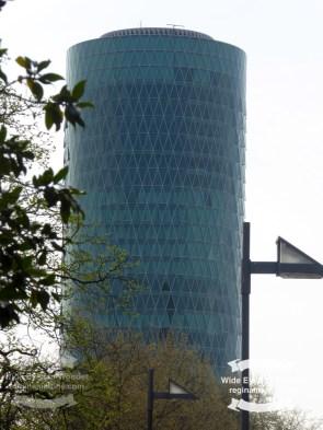 Westhafen Tower ©2017 Regina Martins