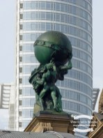 Close up detail of the statue atop the main entrance of the Frankfurt Am Main Hauptbanhof ©2017 Regina Martins