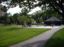 Tale Of Two Parks Jane Jacobs Theories In Action