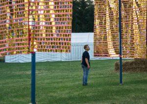 Goldene Fahnen, Parkkunst in Waldenburg im Grünfelder Park 2016