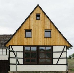 Beispiel: Fachwerkhaus, Giebelseite gestaltet