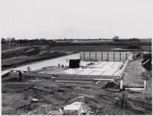 25-11-1980, het binnenbad in aanbouw. Foto: J. Elsinga. Catalogusnummer: FO 1008017. Fotolicensie: CC-BY