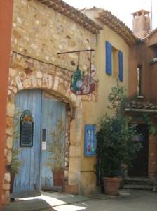 Roussillon maison