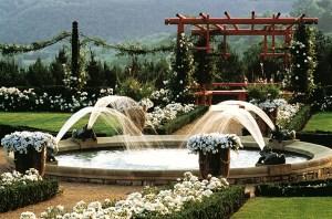 Jardin du manoir d'Eyrignac roseraie