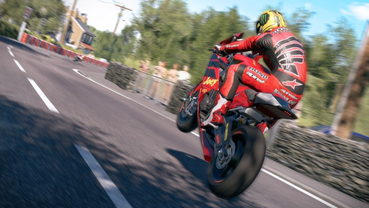 ¡Ganador copia TT Isle of Man + DLC + Casco de Goma!
