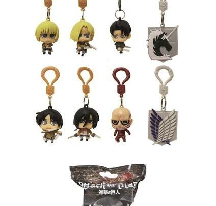 Ya disponibles los llaveros oficiales de Attack on Titan