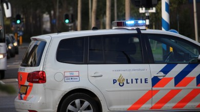 Photo of Politieauto in botsing met personenauto op de Waterlandlaan (video)