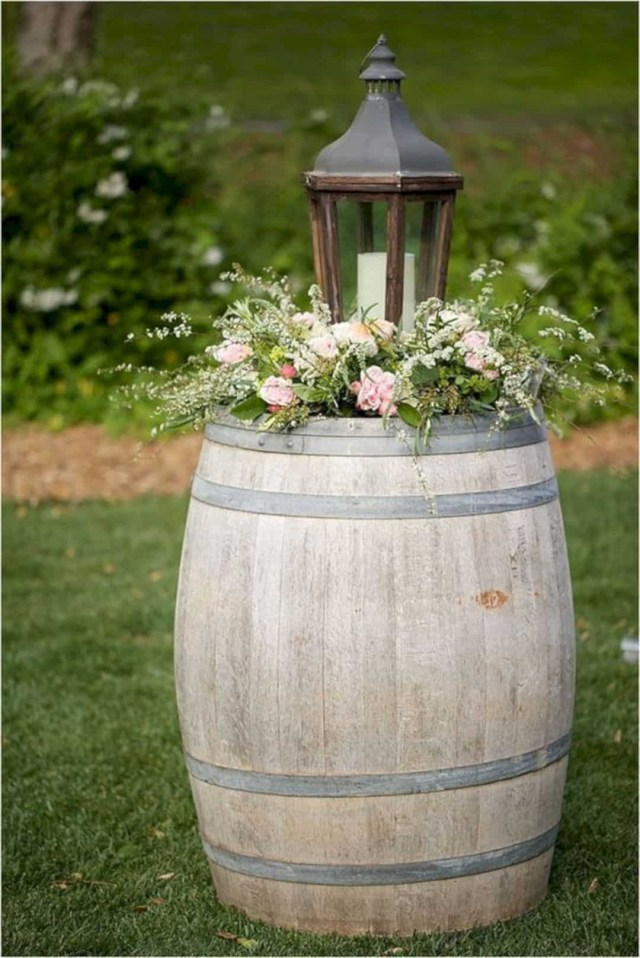 Barrell Wedding Decor 16 Beautiful Rustic Wedding Decorations Design Listicle