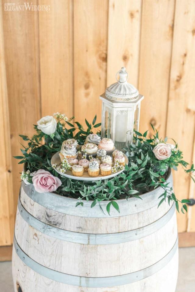 Barrell Wedding Decor Rustic Glam Wedding Centrepieces Elegantweddingca