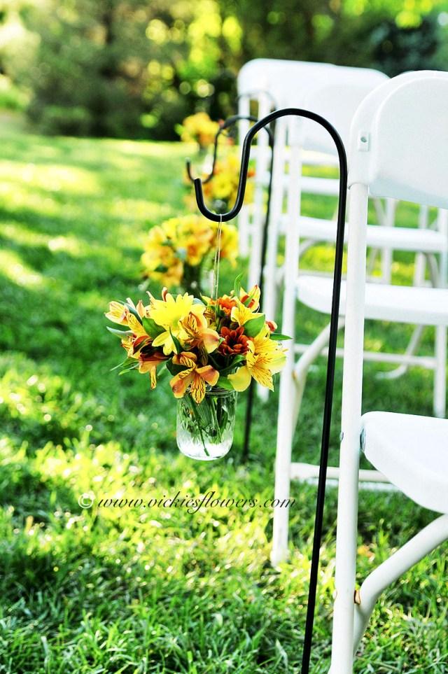 Mums Wedding Decor Wedding Flowers Vickies Flowers Brighton Colorado Florist