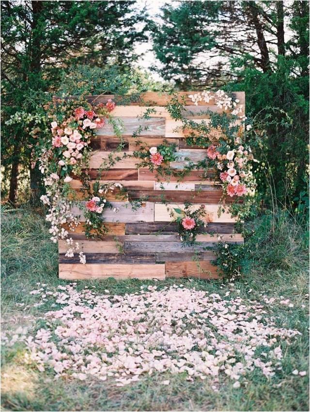 Wedding Pallet Ideas 24 Wooden Pallet Wedding Ideas For Your Big Day Trendy Wedding