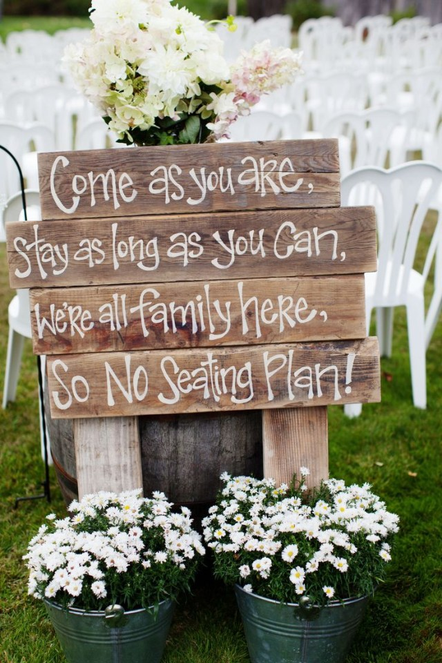 Wedding Pallet Ideas Find Your Seat Abe449d43aa89c77d8948ab14a4f072d No Seating Plans